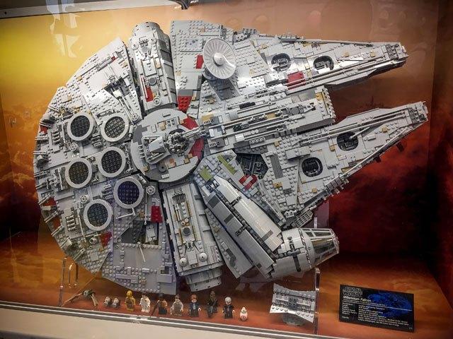Faucon Millenium Lego